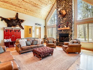 NEW LISTING! Gorgeous cabin w/ private hot tub & entertainment - near lake & ski