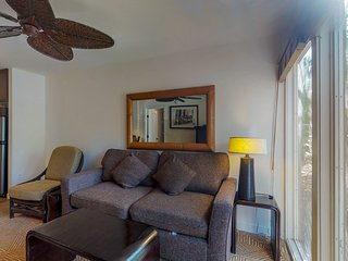 NEW LISTING! Perfectly located unit with multiple pools, hot tub &  A/C
