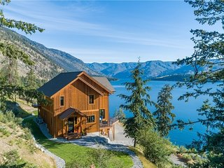 NEW LISTING! Beautiful home w/lake access - very private, unparallelled views