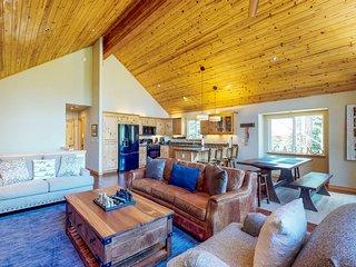 Spacious home near resorts w/ private hot tub, shared pool, & new furnishings!
