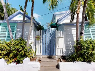 NEW LISTING! Adorable studio in Historic Seaport -walking distance to waterfront