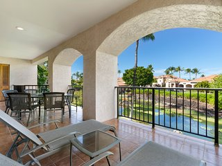 NEW LISTING! Luxury condo w/shared pool, hot tub, tennis & free WiFi-near golf