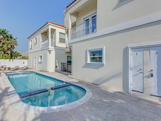 Dog-friendly condo w/ shared pool - one block from the beach
