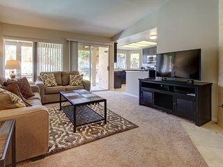 Charming family-friendly home w/private pool & easy access to local attractions