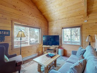 NEW LISTING! Fully remodeled log cabin in Florissant, w/mountain views & 2 acres