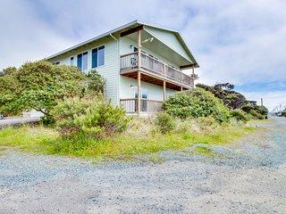 Spacious home w/ ocean & lake views, across the street from beach access!