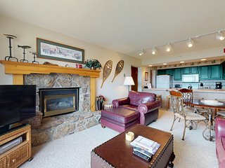 NEW LISTING! Nearby ski access with shared pool, hot tub, and winter shuttle!