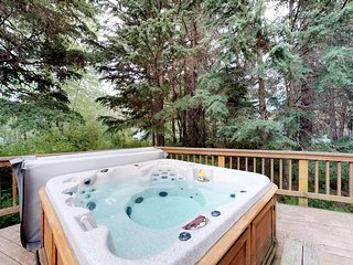 NEW LISTING! Dog-friendly chalet w/great views, hot tub & sauna, near the slopes