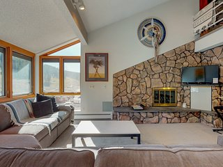 Ski-in/ski-out Copper Junction condo w/mountain views, steps away from lift!