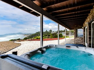 Oceanfront, dog-friendly home w/ hot tub and amazing views