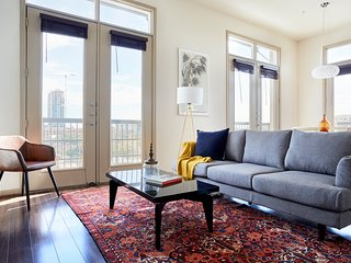 Sunny 2BR in Midtown by Sonder
