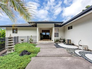 NEW LISTING! Modern ocean view home w/balconies, lanai & jet tub -close to beach