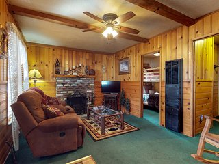 Cabin with a private hot tub, deck - near the lake and ski lifts. Dogs OK!