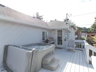 NEW LISTING! Private, dog-friendly home w/ hot tub - walk to the beach