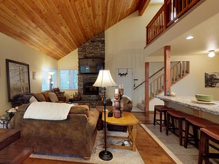 Tree-lined home w/ deck, patio & fireplaces - close to the lake, hiking & skiing