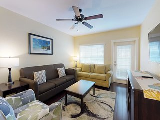 NEW LISTING! Comfortable, waterfront condo w/balcony, full kitchen & shared pool