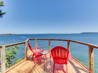 Impeccable views of the Sound complete with hot tub & pool table