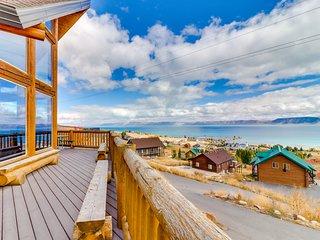 Rustic Bear Lake cabin w/endless views, shared hot tub/pool/tennis