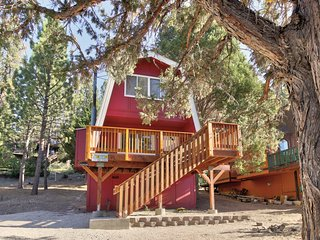 Family-friendly mountainview cabin with deck and fireplace