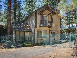 Dog-friendly home only five blocks from Heavenly Mountain Resort