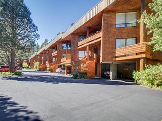 Chic, ski-in/ski-out, dog-friendly condo w/ great mountain views & shared pool