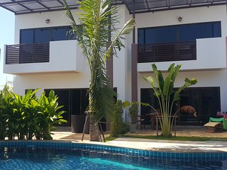 Oasis Garden and Pool Villa 3Br