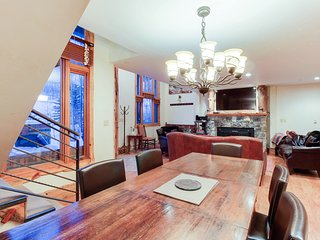 Ski-in/out condo w/private hot tub & in-home steam room/sauna!