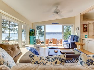 High-bank waterfront home w/ Puget Sound & wildlife views!