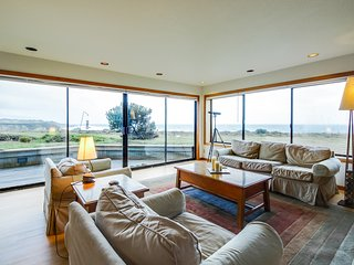 Dog-friendly oceanfront home w/private hot tub, shared pool, views from deck