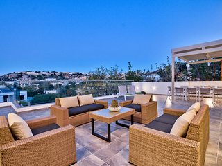 Elegant Mellieha Villa with large terrace and views