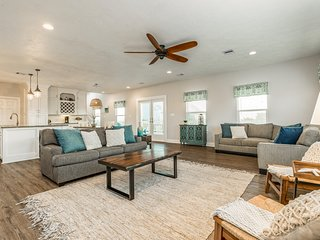 Gorgeous dog-friendly home with furnished deck, patio, and view of the Gulf