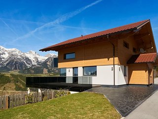 LUXURY MOUNTAIN CHALET FASTENBURG