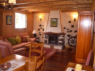 Villa el Manantial, casa de montana acogedora, abierta al paisaje de la cumbre