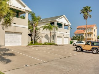 Spacious condo w/ well-appointed deck & easy beach access!