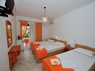 Filoxenia Hotel Skiathos (Triple Room 7)
