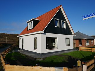 Familiehuis voor 8 Personen in centrum Callantsoog aan zee