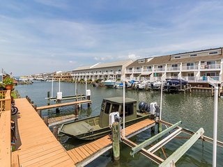 Family-friendly seaside condo with bay views, dock access, and shared pool