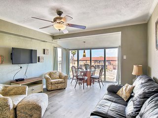 Well-equipped waterfront condo with shared pools & dock - dog-friendly!