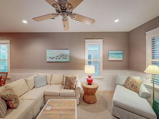 Family-friendly home with prime location, near the beach and local attractions