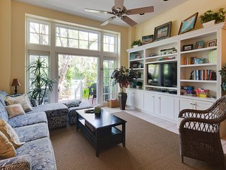 NEW LISTING! Quiet, family-friendly home w/full kitchen, patio, and shared pool