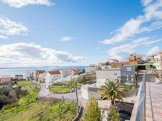 Apartment Seventh Haven - Two Bedroom Apartment with Balcony and Sea View