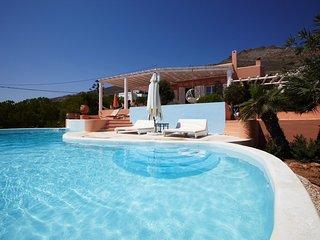Villa Ilioupolis