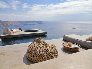 Syros Luxury Villa