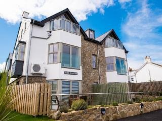 Apartment No 1 Four Seasons, Carbis Bay, Cornwall
