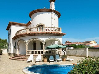 4 bedroom Villa in Miami Platja, Catalonia, Spain - 5437640