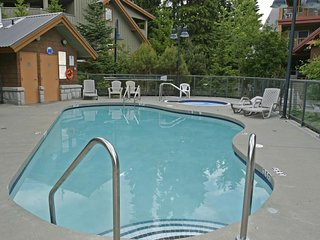 Charming 1 Bedroom Suite with Access to Amazing Amenities
