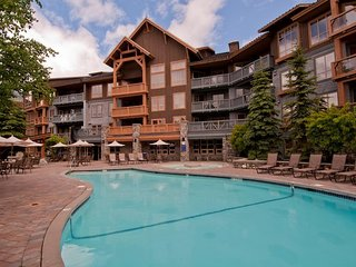 Spacious Suite in Whistler | Ski-in Ski-out Access!