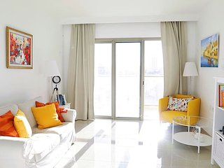 Sunny Central Apartment With Style