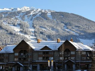 Condo with Fireplace + Air-Conditioning In Whistler Village!