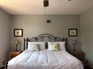 Light Horse Inn: Suite 5